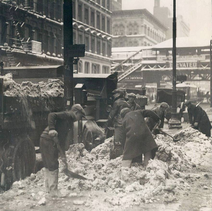 Unemployed clearing snow, Clark/Lake/Randolph, 1931